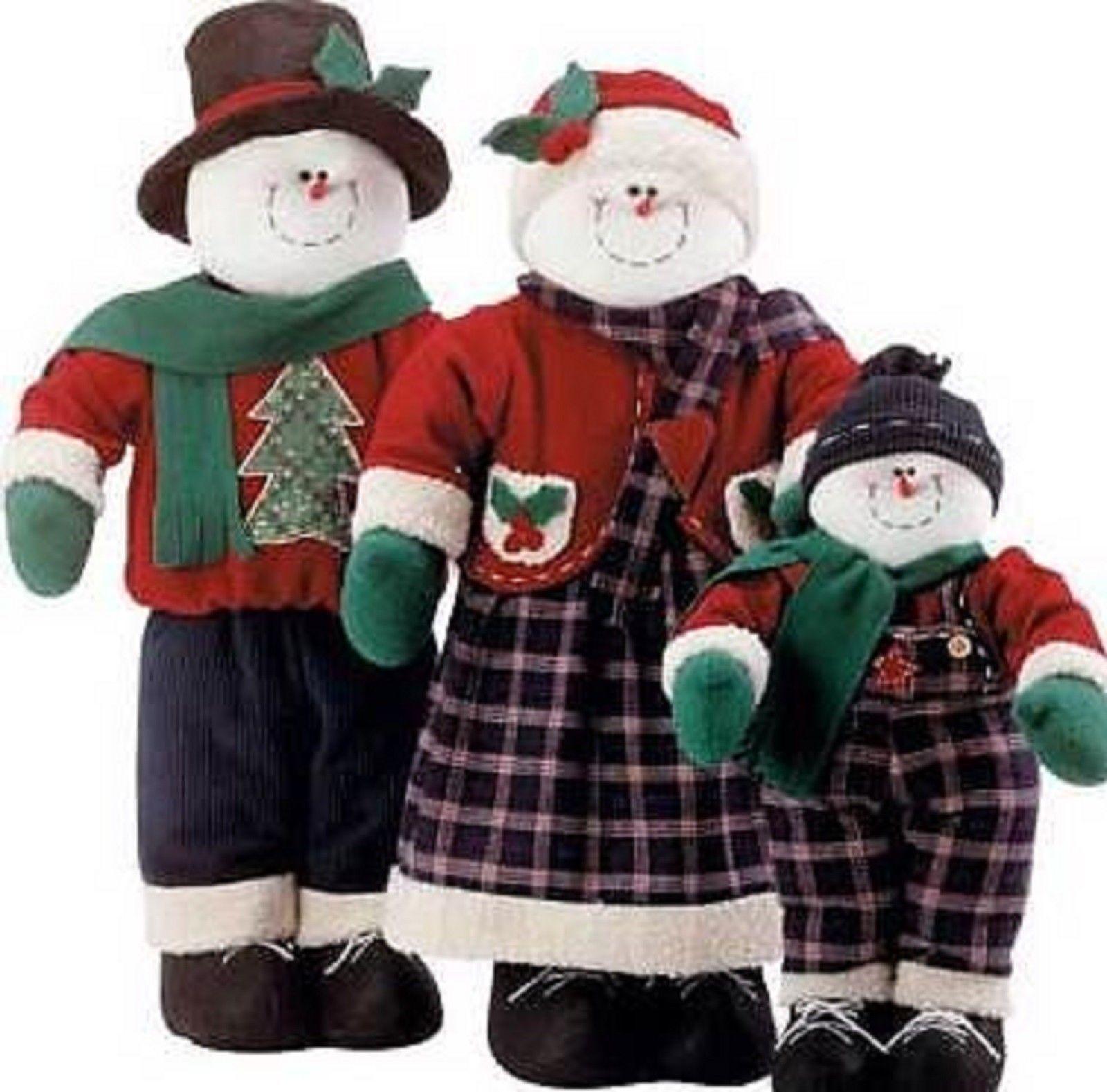 Christmas Snowman Family Figurine Holiday Figures Set Of 3 New