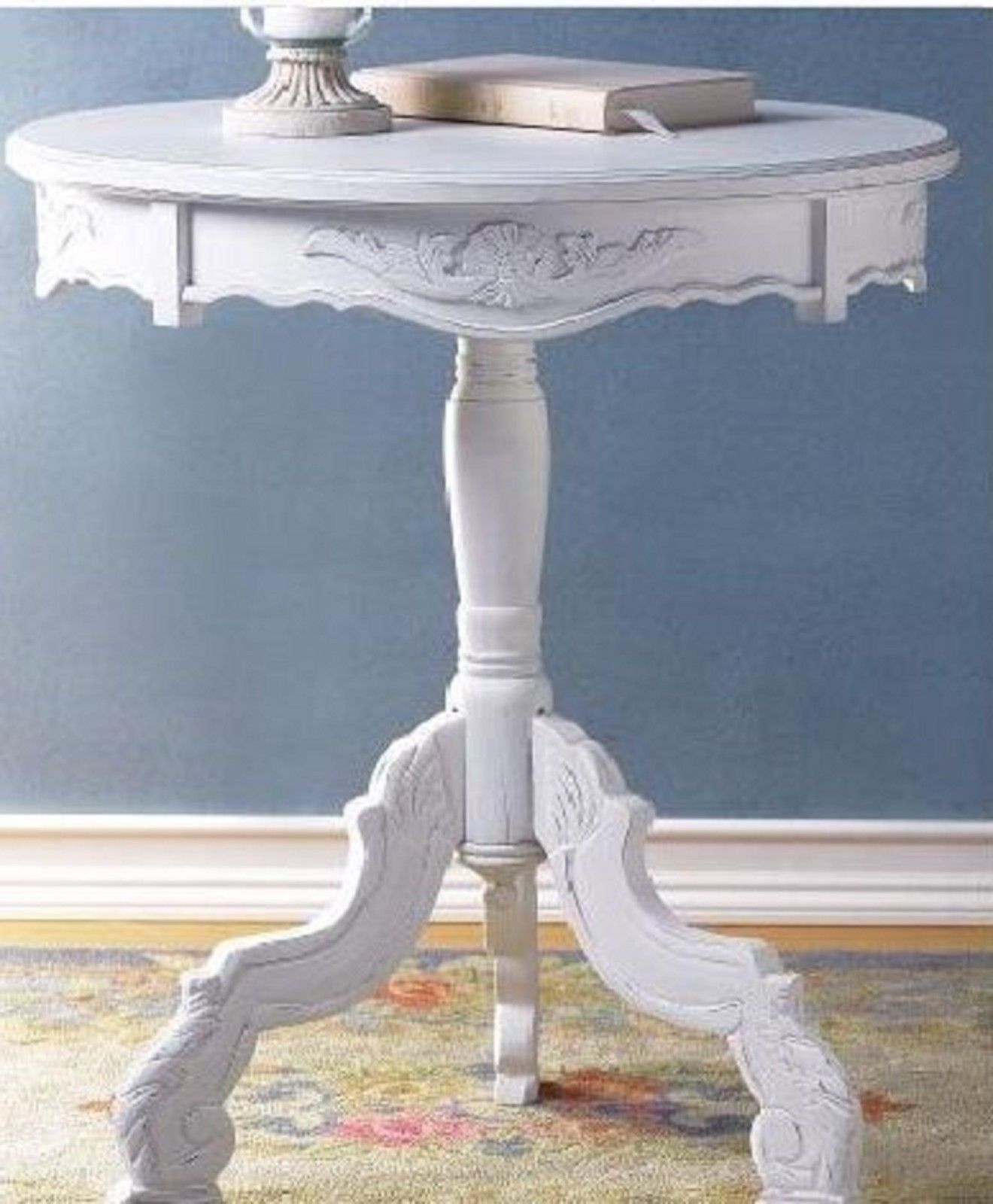 Lot 2 Round Tables CARVED WHITE Accent TABLE New
