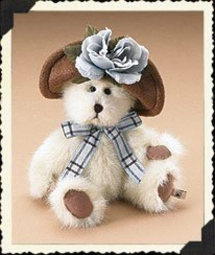 "Boyds Bears ""Yvette Labrewin""  #904625- 6"" Plush Bear- NWT-2007 - Retired"
