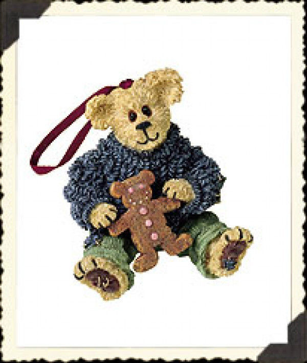"Boyds Bearstone ""Kyle Beariman..Spicy Treat"" Ornament- #25748 -NIB- 2001-Retired"