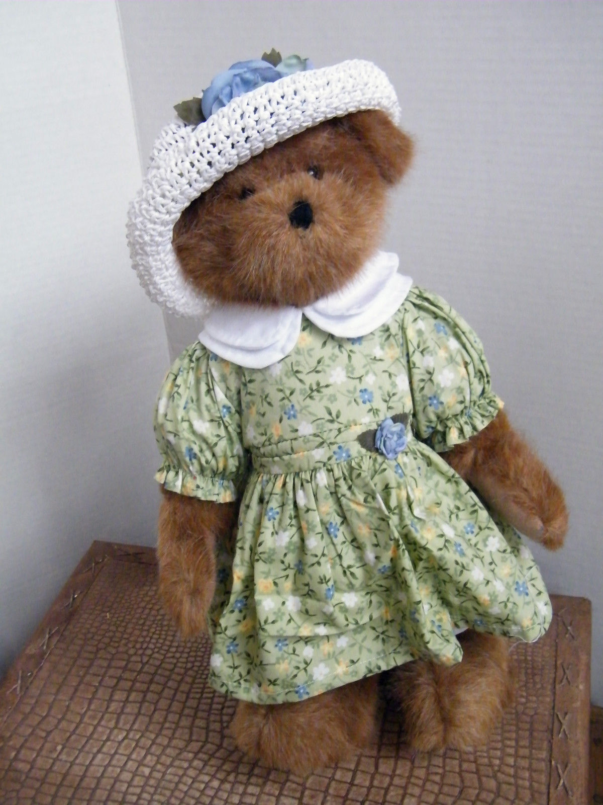 "Boyds Bears ""Maryanne McBeansley""  16"" QVC Exclusive - #93552V-NWT-2004- Retired image 2"