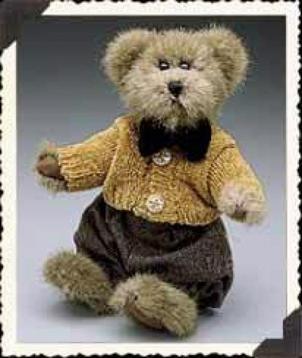 "Boyds Bears ""Matthew""  8"" Plush Bear ~ style #91756-12~ NWT ~Fall 1999~ Retired image 1"