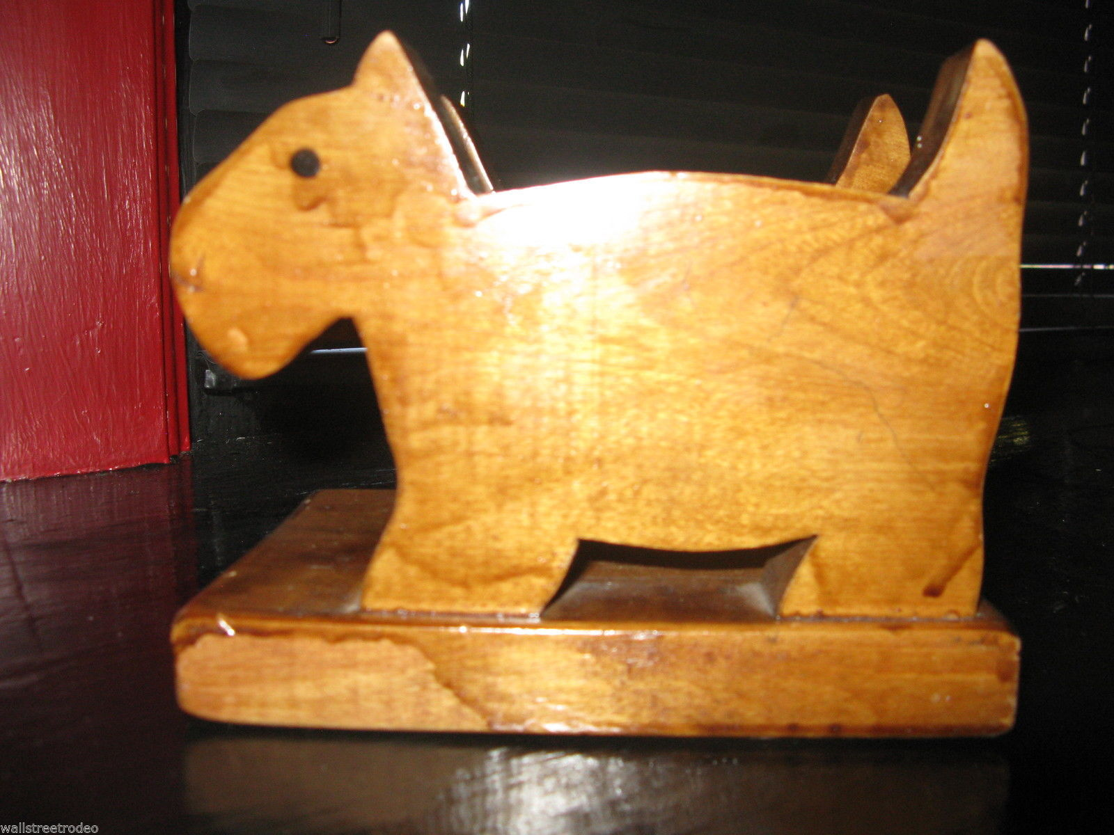 Vintage Handmade wood wooden scottie westie terrier dog letter napkin holder VLV image 2