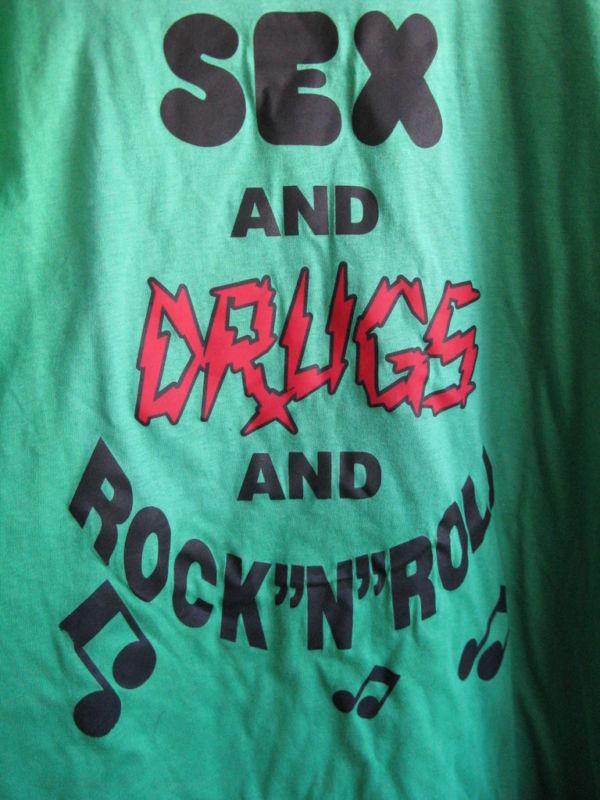 UZI NYC Sex Drugs Rock and Roll 24 Hour Catwalk punk t-shirt XXL