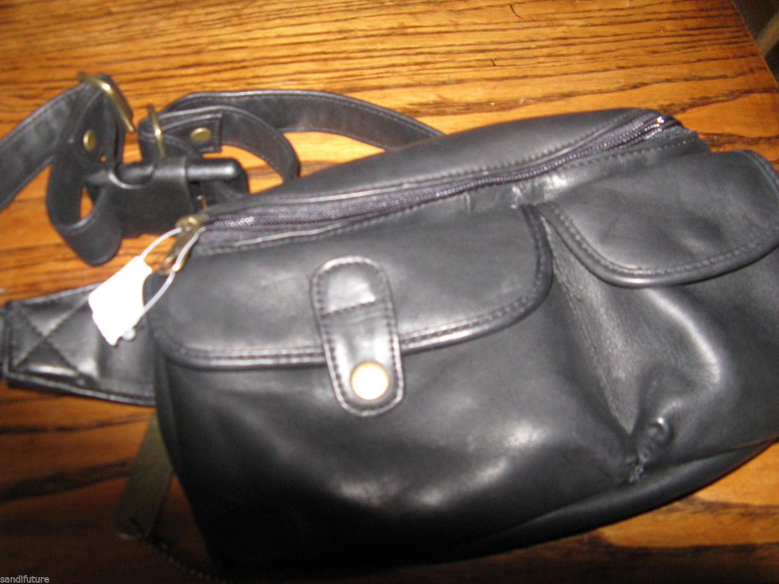 "Ellington Portland leather fanny pack new  ""as-is"""