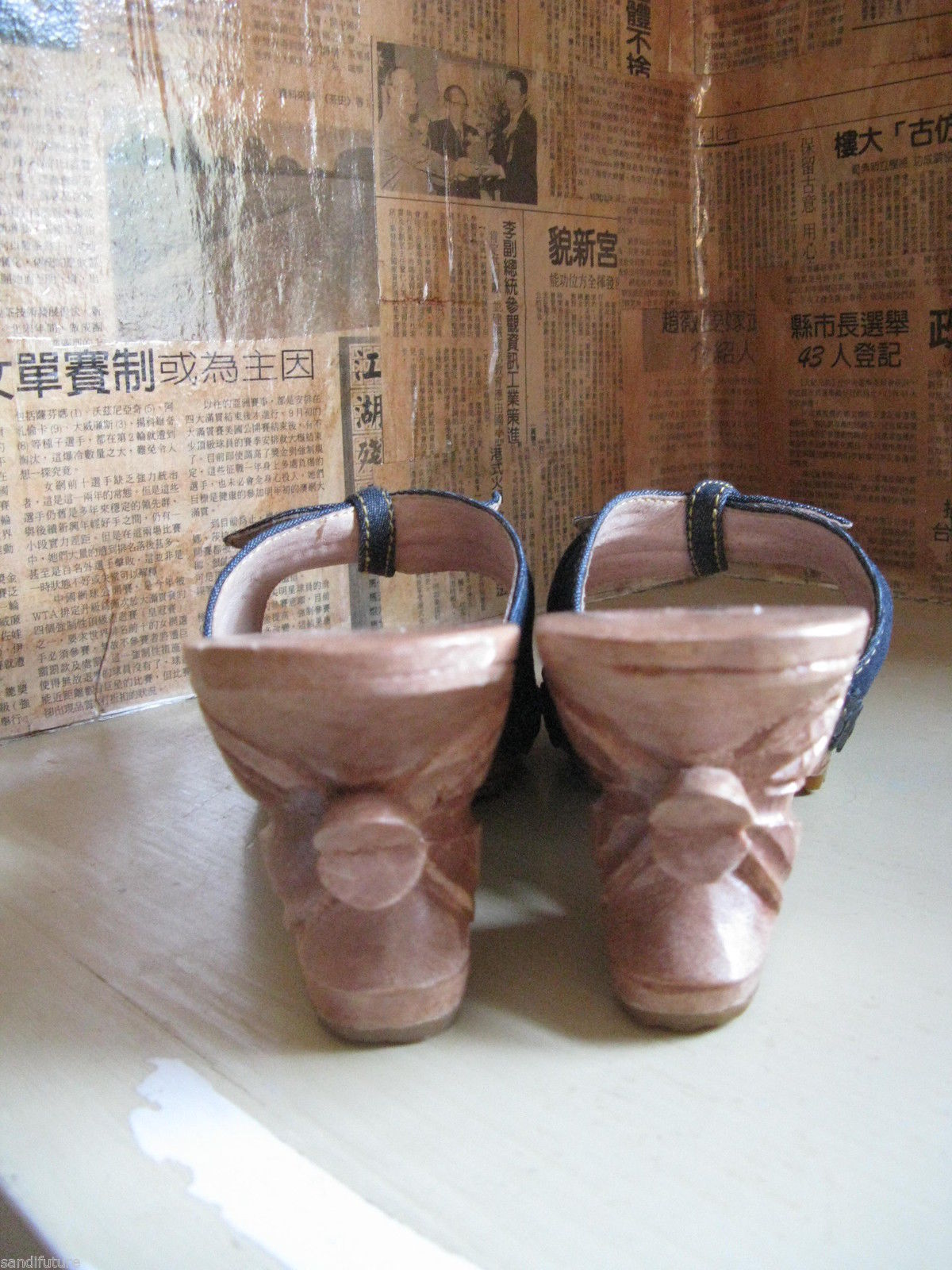 Vintage NWT Betsey Johnson Lucky Lou Tiki carved wooden shoes VLV 7 UK5.5 37