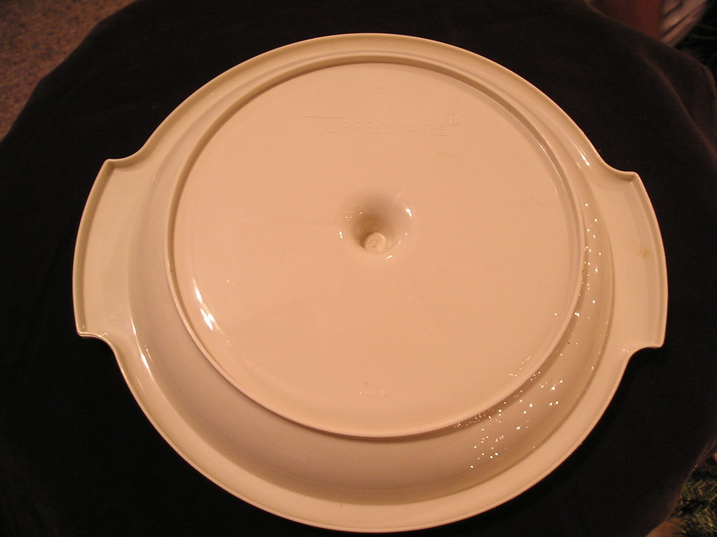 Tupperware Divided Relish/Candy Plate Dish