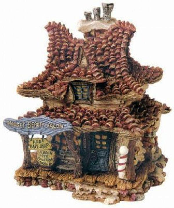"""Boyds Bearly Built Villages """"Madges Beauty Salon & Bait Shop""""#19010-1E-NIB-2000"""