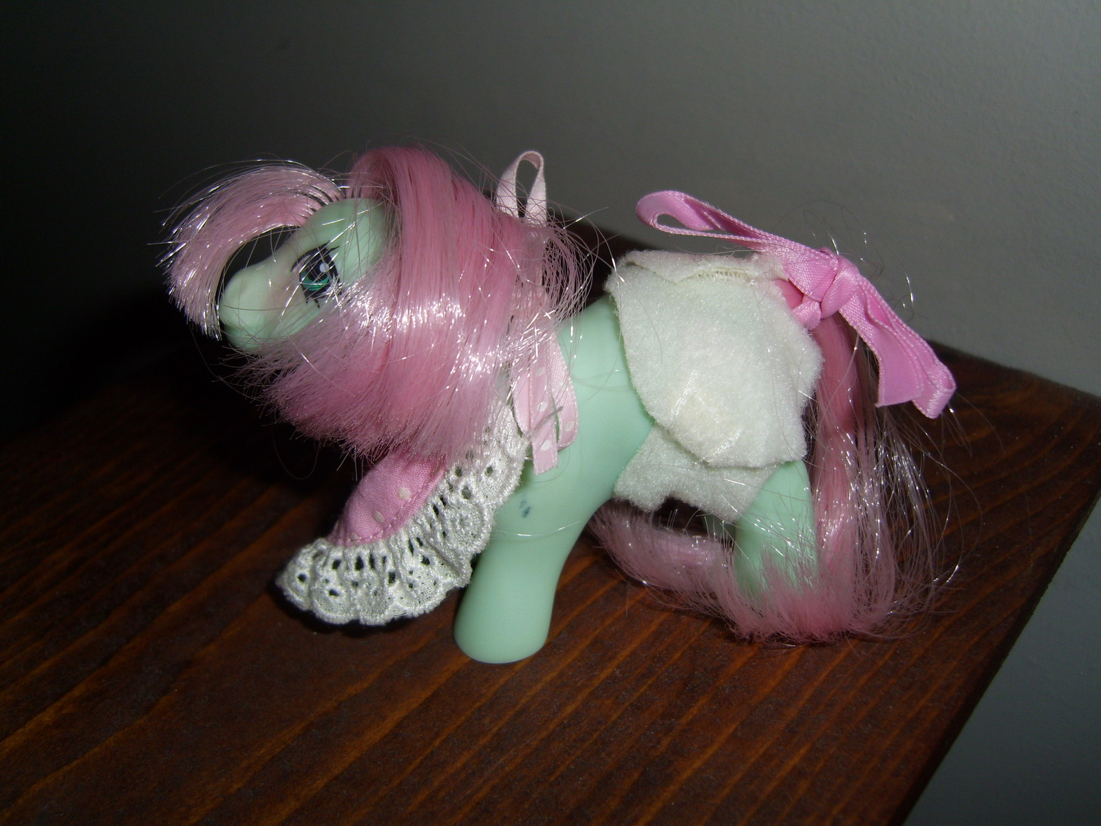 My Little Pony G1 NBBE Baby Cuddles with diaper, bonnet and ribbon
