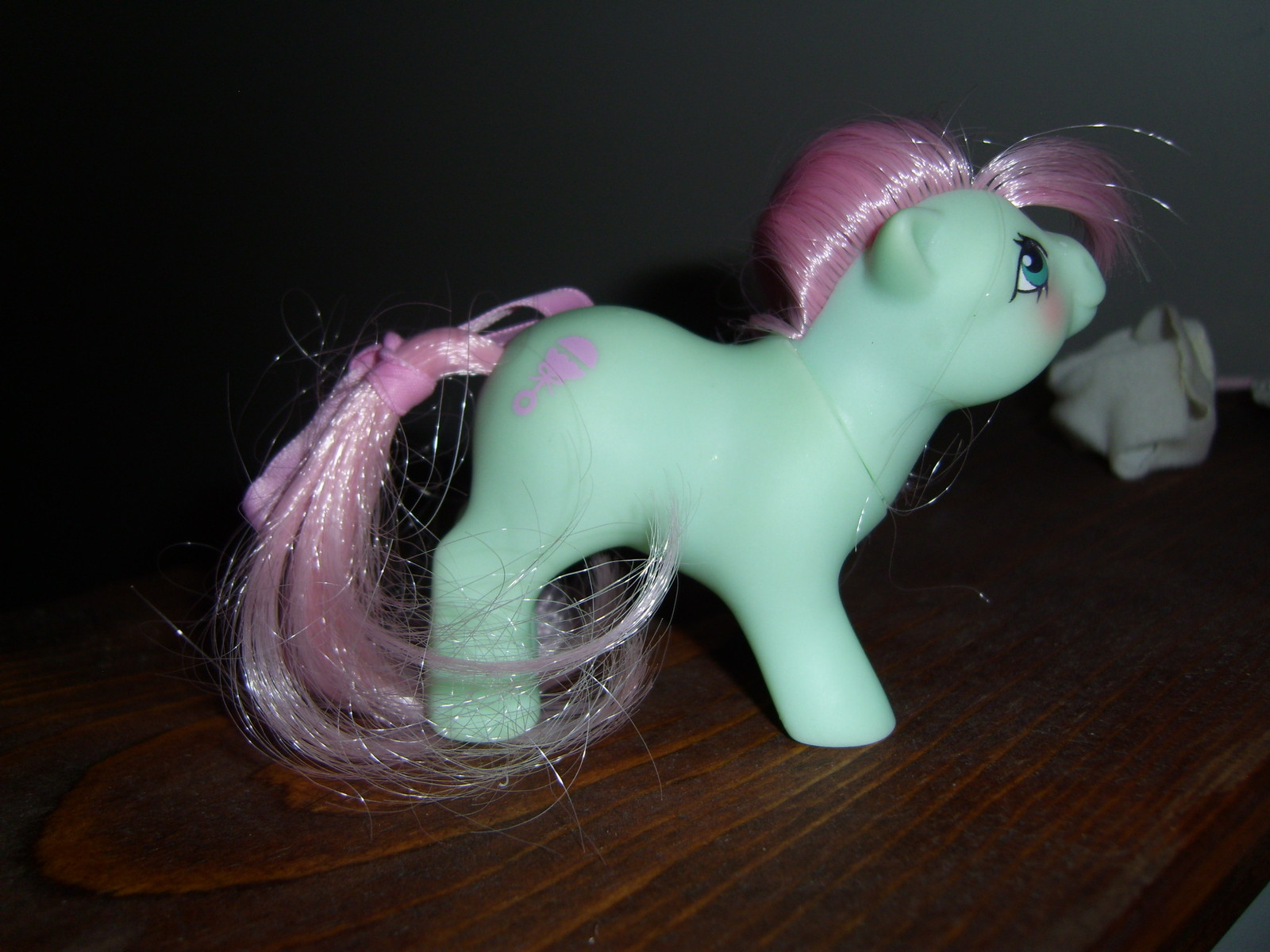 My Little Pony G1 NBBE Baby Cuddles with diaper, bonnet and ribbon image 2