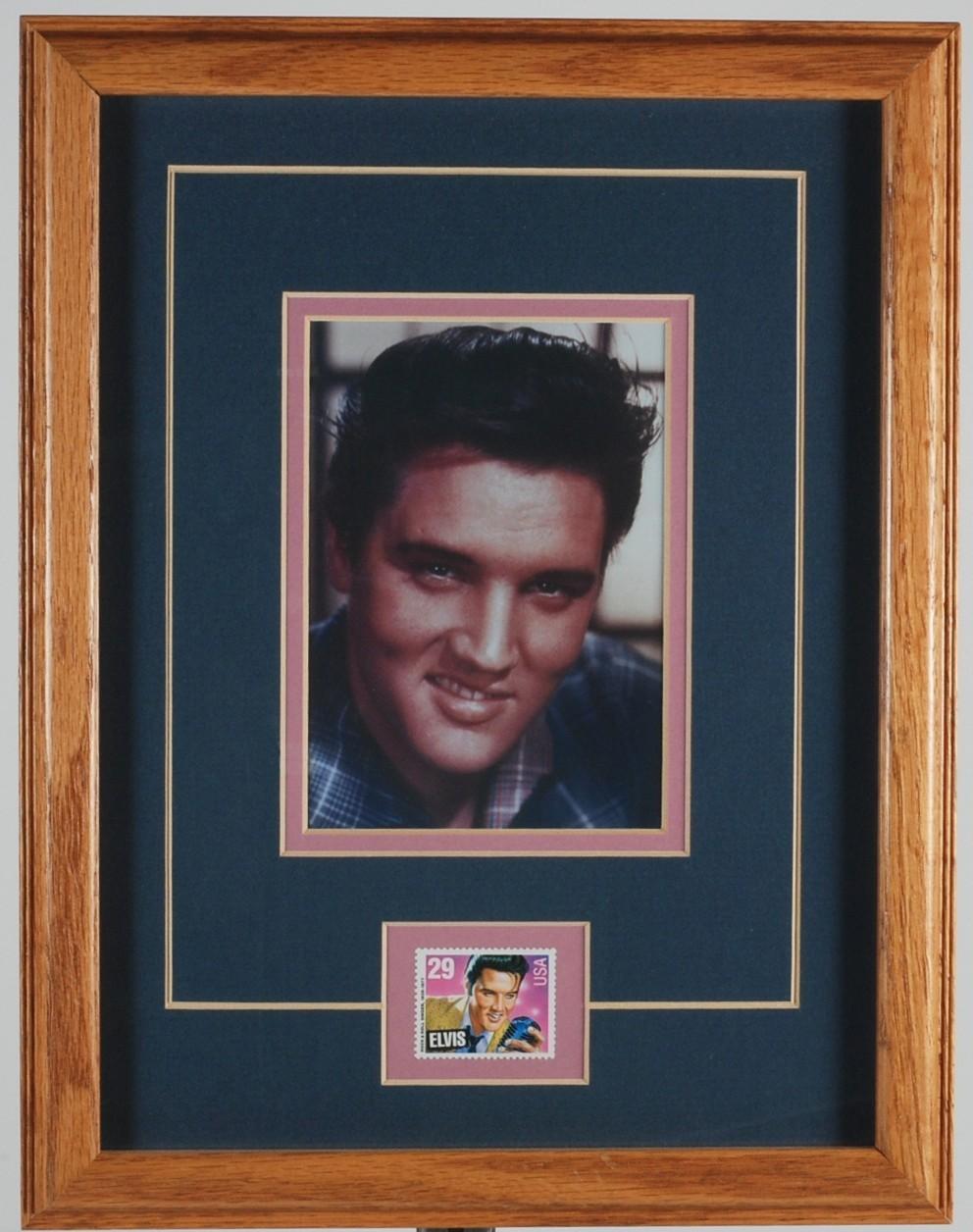 Elvis Presley Color Picture w 29-cent Commemorative US Stamp w Framed Portrait