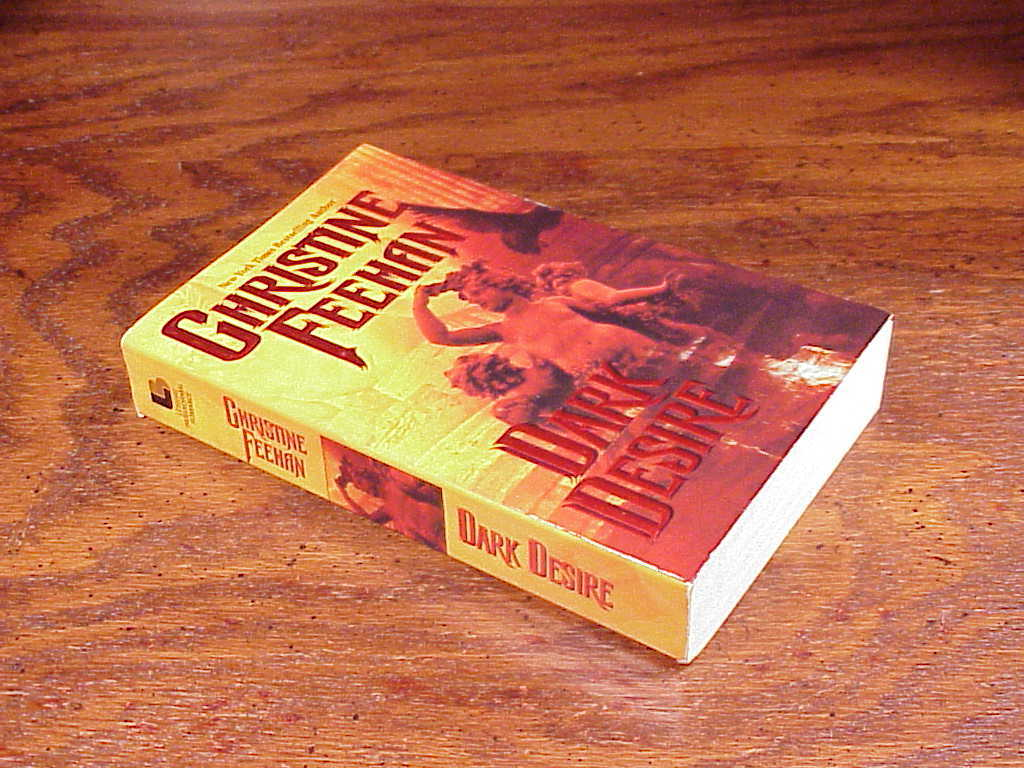 Dark Desire Carpathian Series Paperback Book by Christine Feehan, no. 2, PB image 2