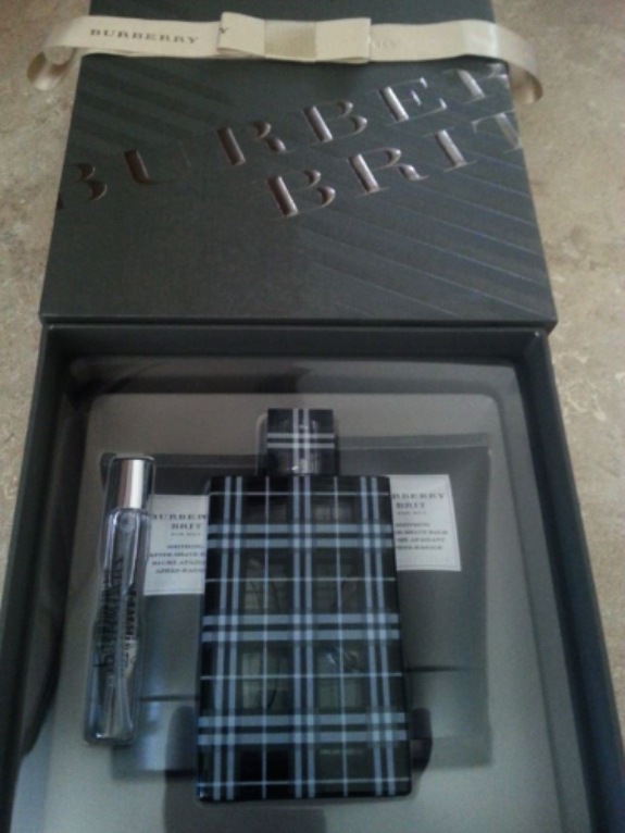 Burberry Brit For Men 4 Piece Gift Set - New Gift Set in Box