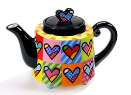 "Romero Britto  ""Hearts"" Teapot  Large 48 oz Size #333305  NEW"