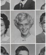 CYBILL SHEPHERD 1963 HIGH SCHOOL YEARBOOK  7th Grade Memphis Tn - $35.96