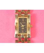 Women's Gloria Vanderbilt Gold Colored Metal Wrist Watch New Battery - $14.00