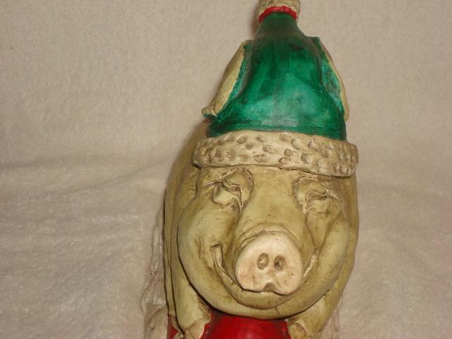 #0830 Piggy Sleigh Ride Statue image 6
