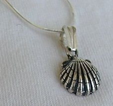 Mini shell pendant b thumb200