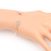 UE- Rose Tone Designer Bangle Bracelet With Sparkling Swarovski Style Cr... - $18.99