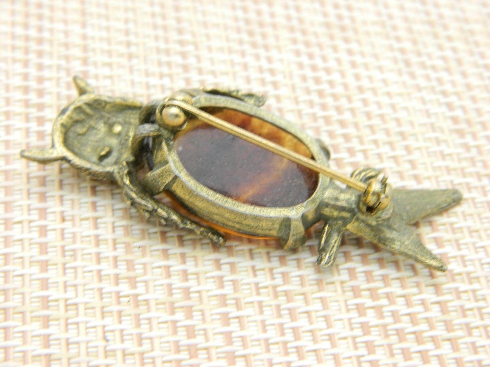 Brown Art Glass Cabochon Belly Rhinestone Owl Gold Tone Pin Brooch Vintage