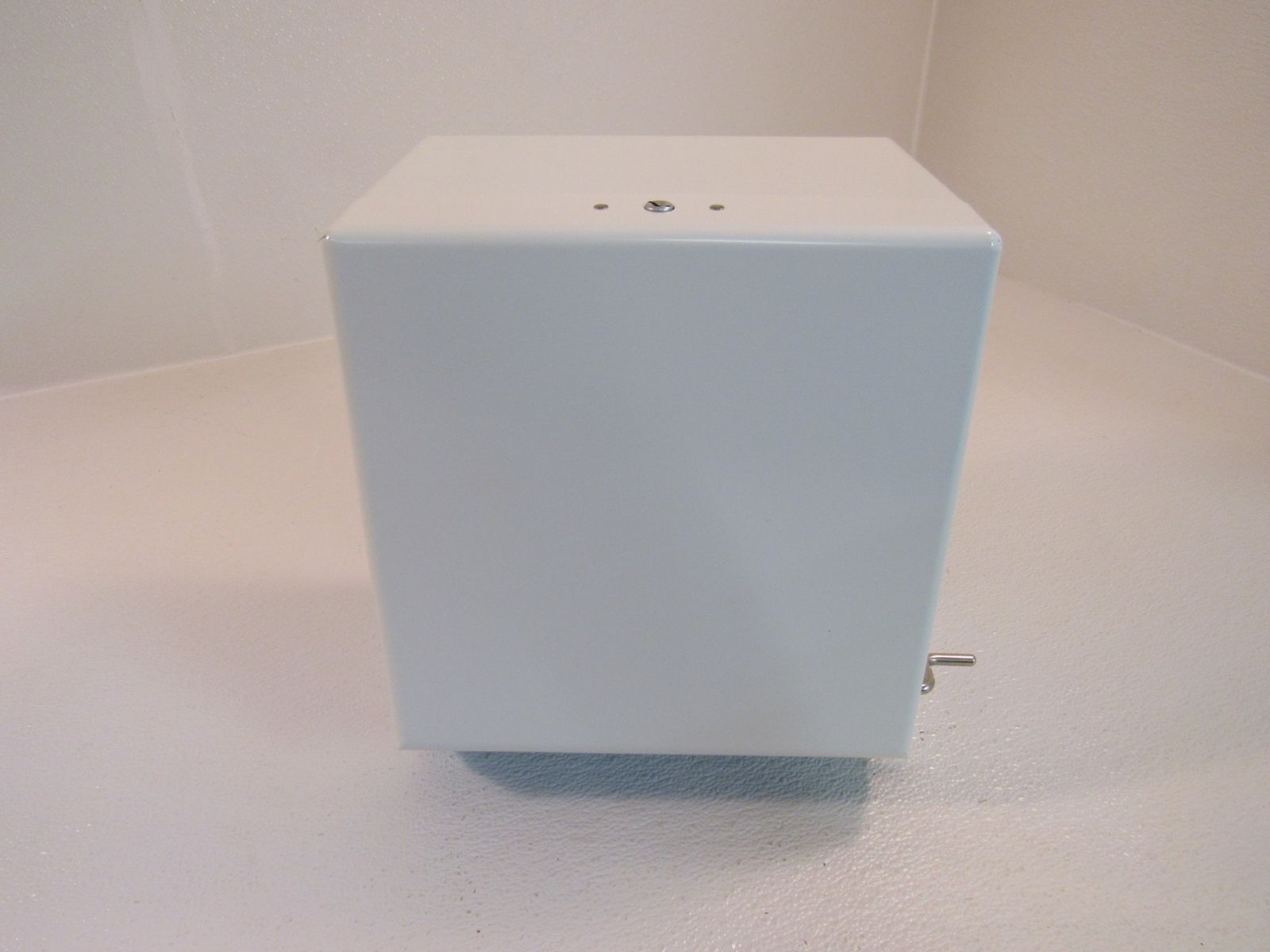 Fort James Paper Towel Dispenser Crank Operated White Hardwound Towel Type 1-180