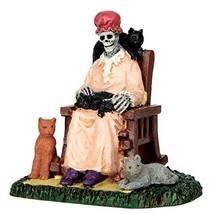 Lemax Spooky Town Former Cat Lady # 62428 - $14.32