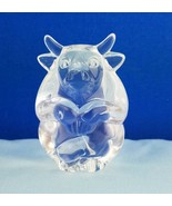 EUC STEUBEN GLASS BULL Hand Cooler Paperweight Signed Crystal - $73.26