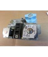 TRANE FURNACE GAS VALVE  MODEL# 36E01-221  TRANE PART#  21C128785P02 - $37.90