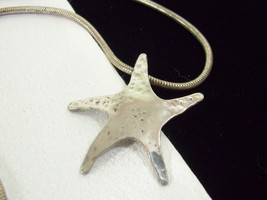 HAMMERED Silver Plate Abstract STARFISH Pendant Necklace Snake Chain Vin... - $15.83