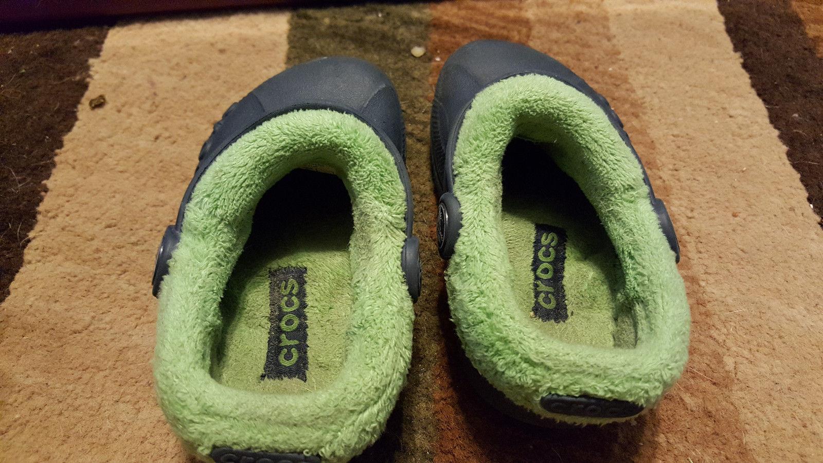 blue crocs toddler boys girls 6/7 insulated