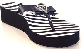 GUESS Wedge Hill Rhinestone Embellished Flip Flop Thong Slip-On Beach Sa... - €17,31 EUR