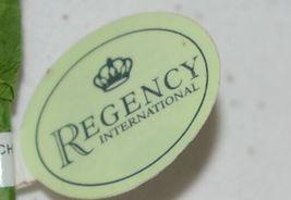 Regency International MTX46147 Saturn Ball Grass Spray Red Green 38 inches image 4