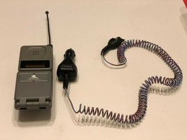 Vintage Motorola Digital Flip Cell Phone with Power Cord ( UNTESTED ) - $25.00