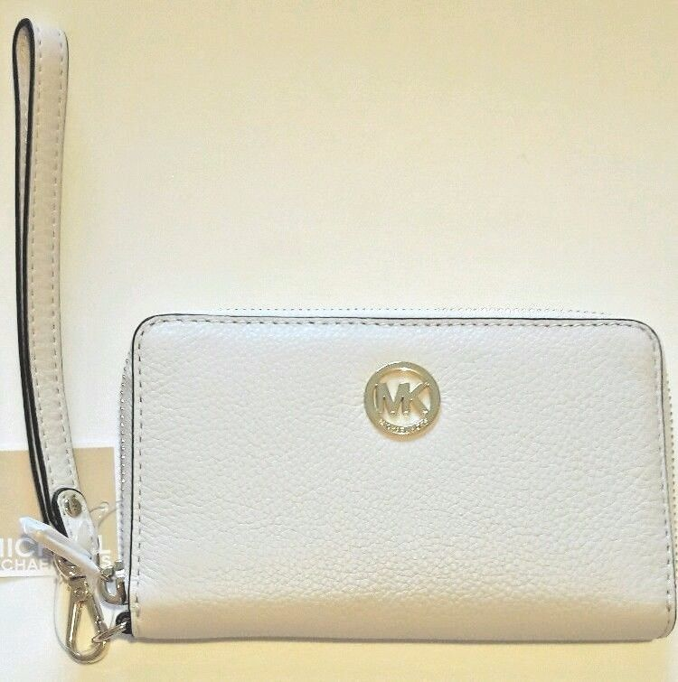 a025e00075a04d Michael Kors Fulton Flat Front Vanilla White and similar items. S l1600