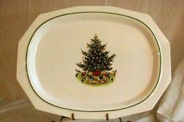 "Pfaltzgraff 1998 Christmas Heritage Large Oval Platter 16 1/4"" - $15.24"
