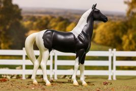 Breyer National Velvet Horse and Book Set Classic 1:12 Scale #6180 image 2