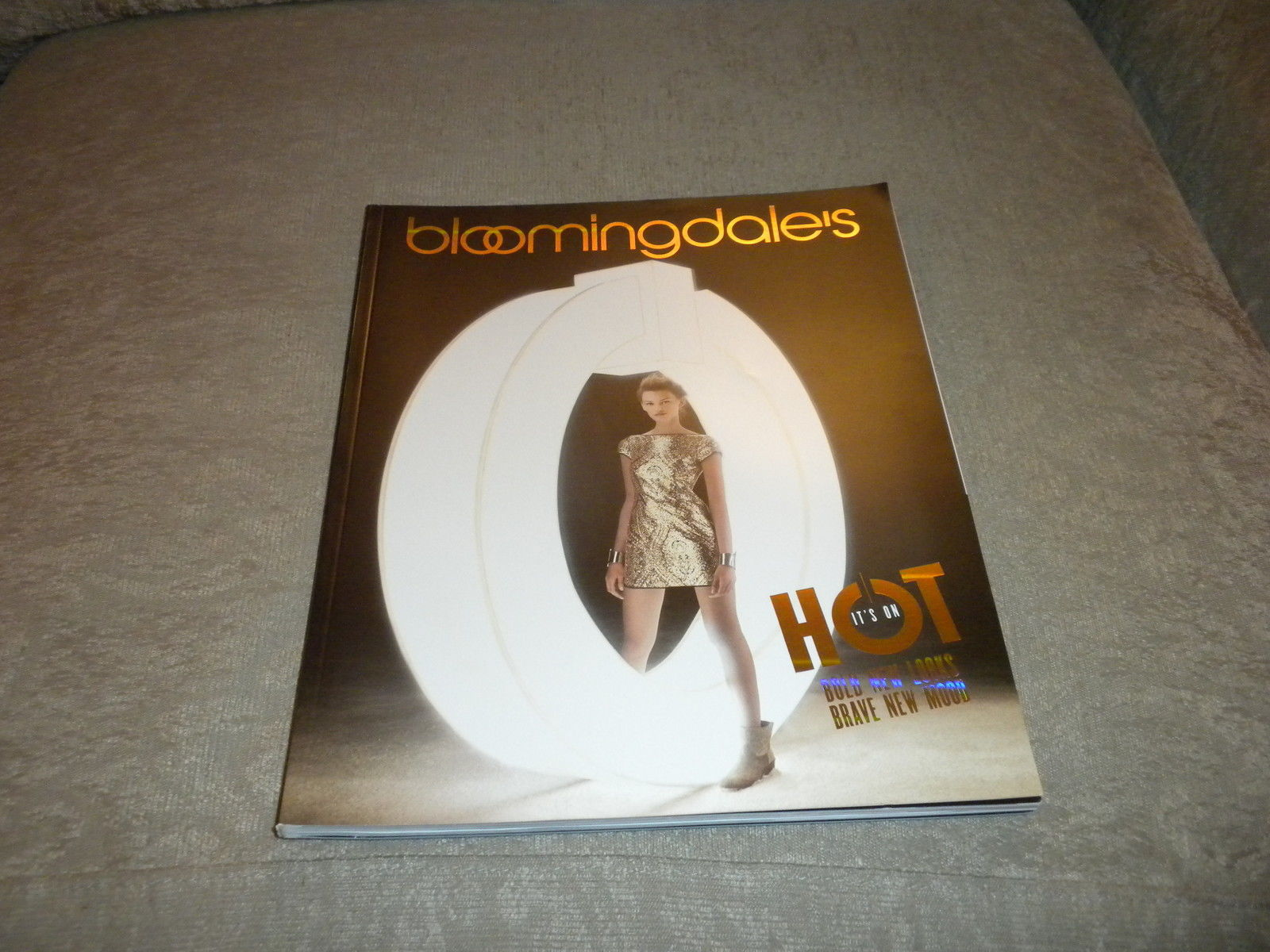 Bloomingdales New York Womens  Hot Fashion & Accessories Fall 2012 catalog NF