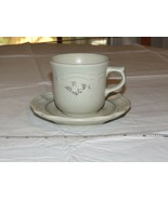 Pfaltzgraff USA Heirloom Tea Cup / Coffee cup and Saucer Set Stoneware - $21.37