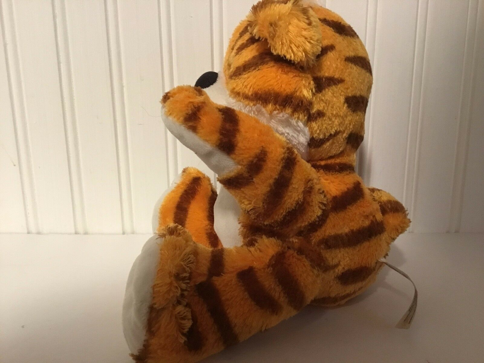 FISHER PRICE PLUSH TIGER SNUGGLEKINS CUTE CUB