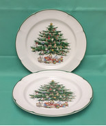 The Cellar Macy's Yuletide dinner plates Christmas tree vintage 1992 set... - $12.00