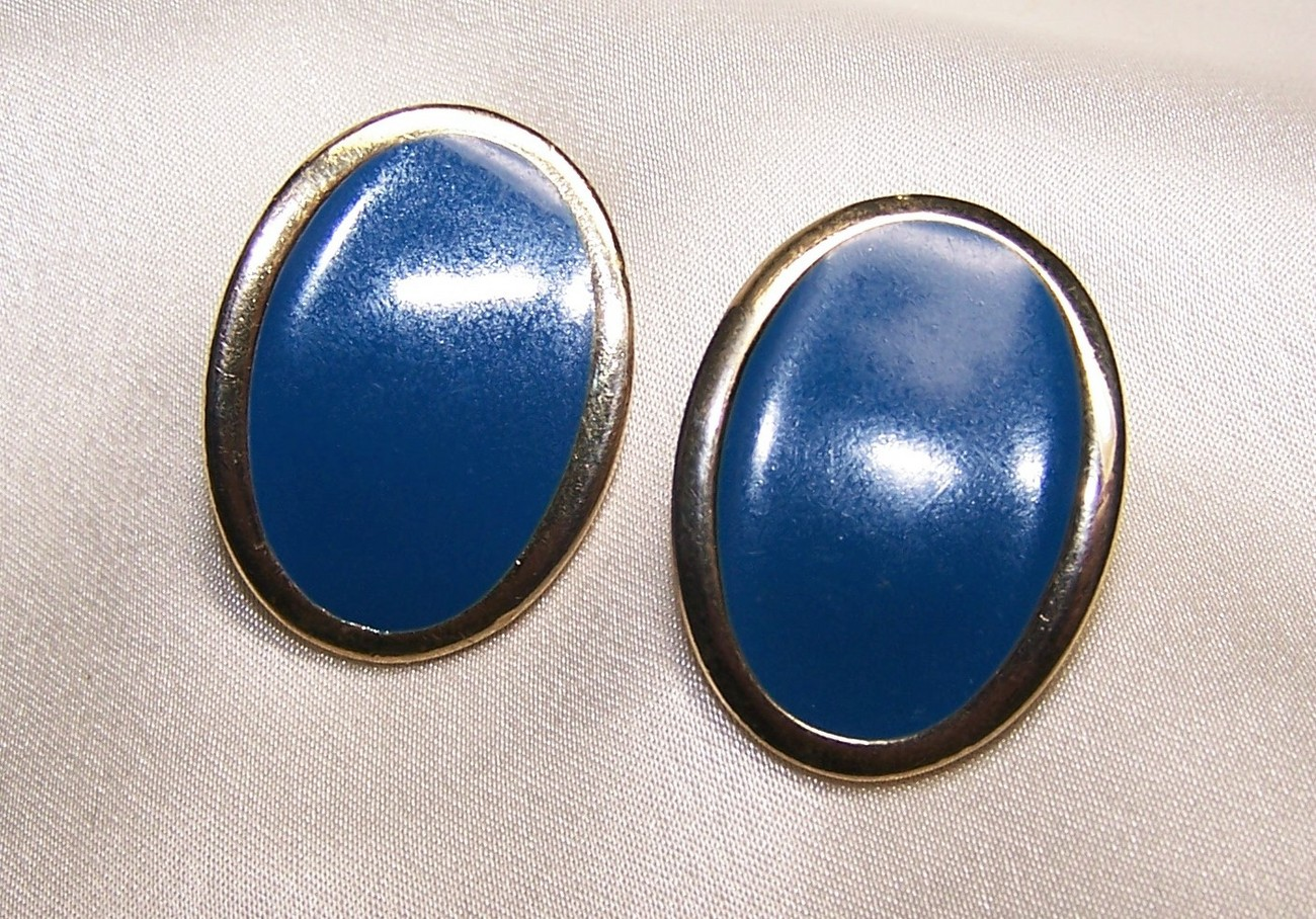 Vintage Blue Enamel Oval Pierced Earrings