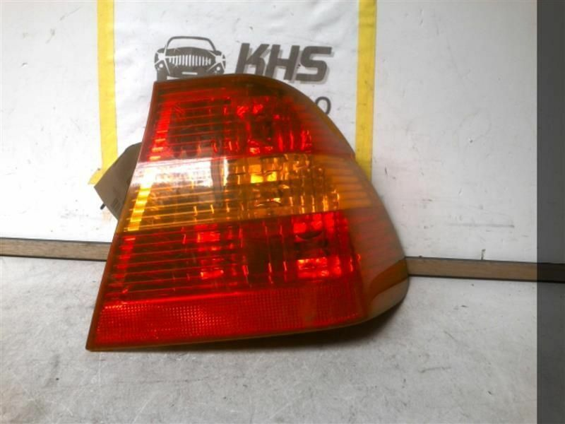 Primary image for Passenger Tail Light Sedan Canada Market Fits 02-05 BMW 320i 306088