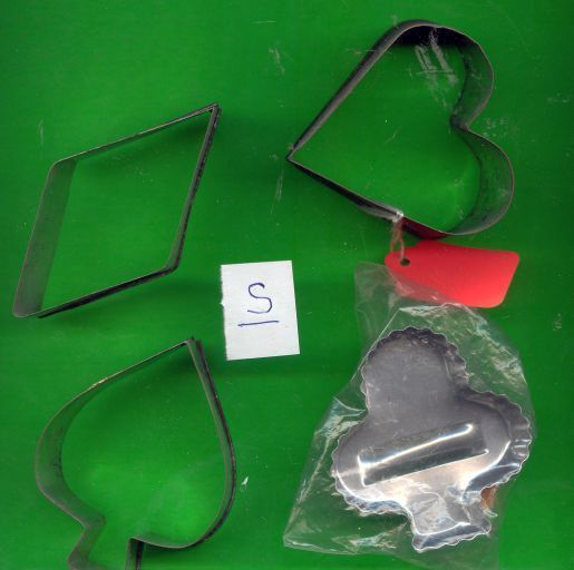 Lot of Aluminum Cookie Cutters.....S