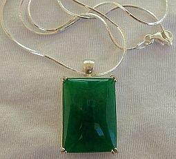 Green agate pendant a