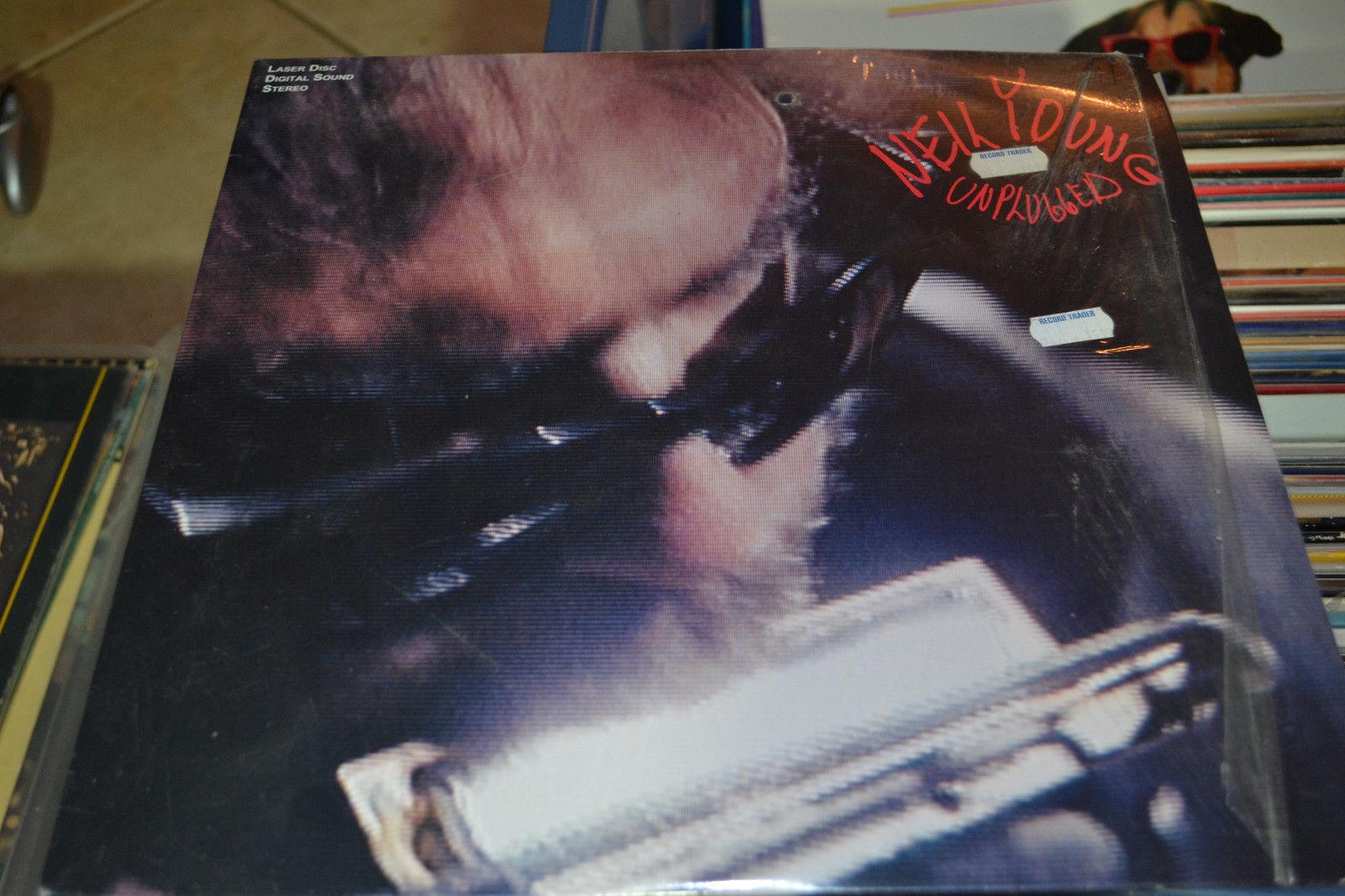 Neil Young: Unplugged (1993) [NTSC] [9 38354-6] Laserdisc