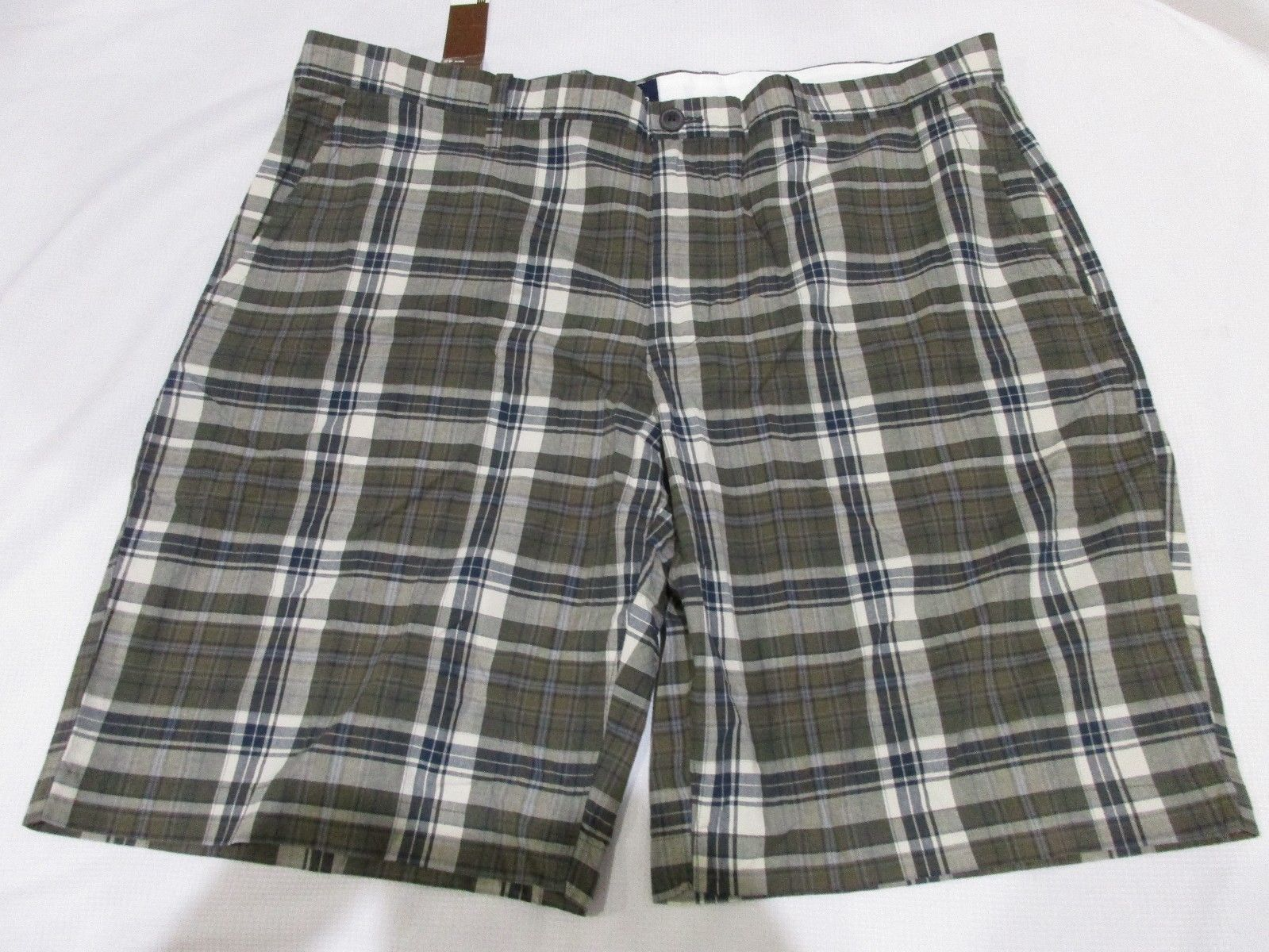 NWT Mens Gap Plaid Blue Green Flat Front Shorts Size 42