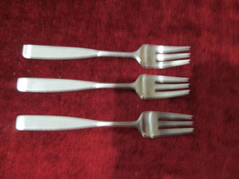 Towle Lauffer Bedford set of 3 salad forks - $27.67
