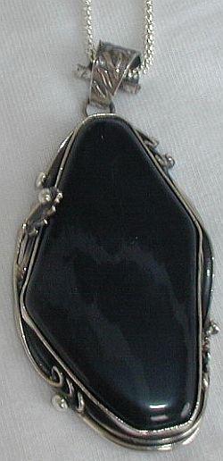 beautiful onyx pendant