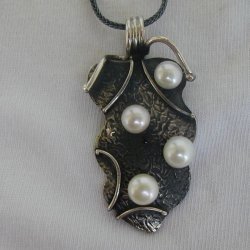 Silver pearls pendant a