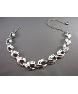 VTG Excellent Silver Tone Leaf  Necklace Smooth... - $11.87